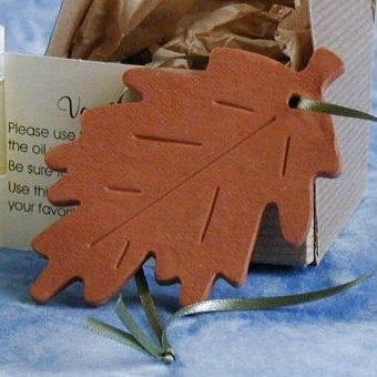 Oak Leaf Ornament Favors
